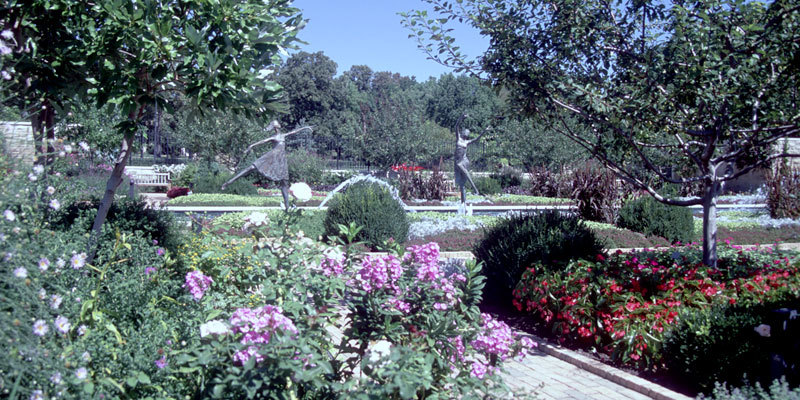Ewing And Muriel Kauffman Memorial Garden Visit Kc: places to eat in garden city ks