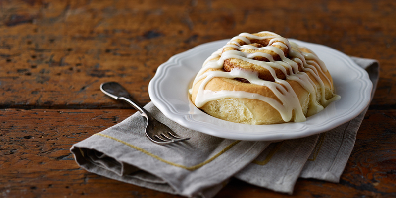 Dolce Bakery Cinnamon Roll