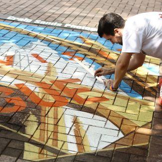 Crown Center Chalk & Walk Festival