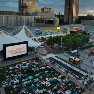 Cinema Under the Stars - Crown Center's WeekEnder